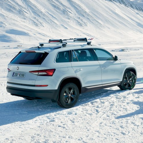 skoda-kodiaq-2018-exterior-rear-view-new-white-kodiaq.jpg