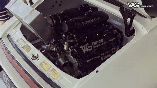 Lanzante-porsche-911-tag-mclaren-f1-06.jpg